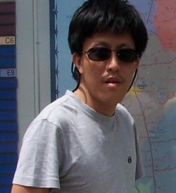 Keng Yin Fong (房 Fongky)