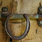 Horseshoe Handle