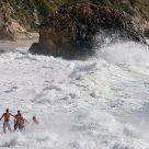 Surf dodging