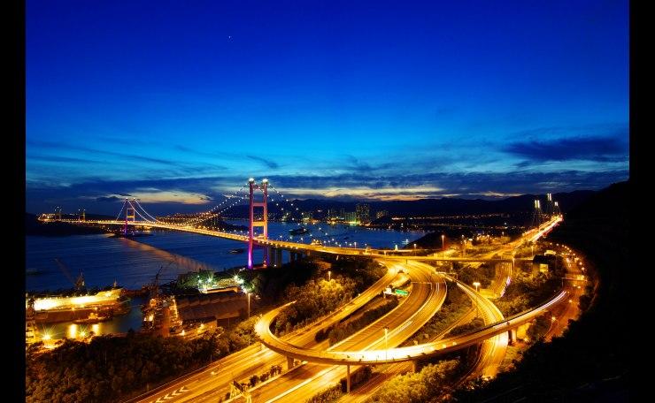 Magic moment of Tsing Ma Bridge