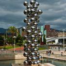 Column of balls