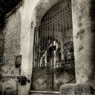 Capri Gate