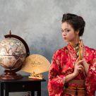 Девушка в образе гейши