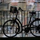 Bicicleta y muro