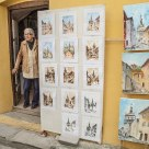 Aunt selling paintings