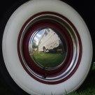 Miroir au flanc blanc
