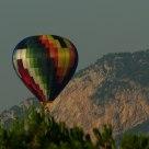 A distant balloon - Una lontana mongolfiera