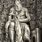 El Moisés que surgió de la piedra