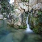 Las fuentes y el río