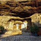 Kapadokyada antik bir ev avlusu