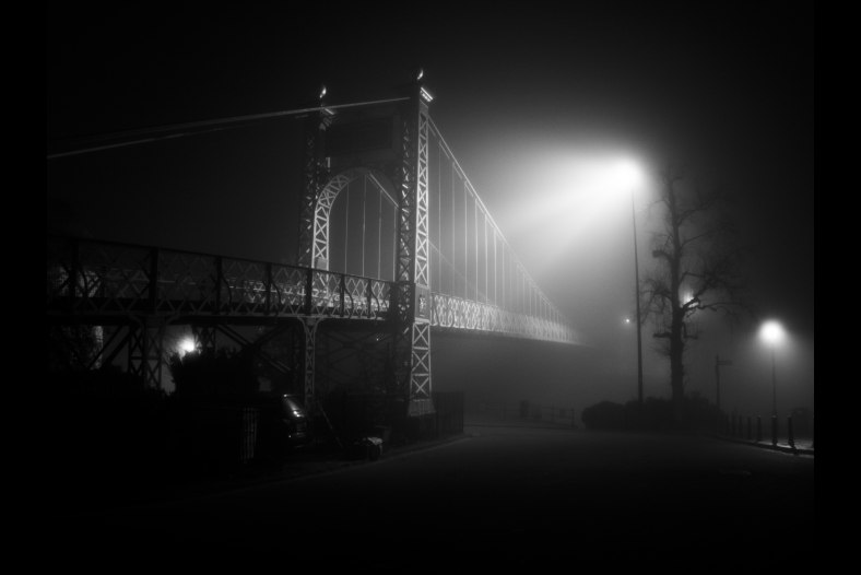 Mist surrounds the Grosvenor Suspension Bridge