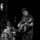 Al basso: Pippo Matino / At the bass guitar: Pippo Matino