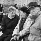 Badauds sur le Pont des Arts, Paris