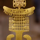 A Gold Figure (Costumed Figure Pendant)