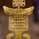 A Gold Figure (Costumed Figure Pendant)