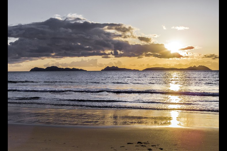 Sunset on the Samil beach 2