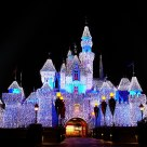 Sparkling Castle, Hong Kong Disneyland  by  DA 18-55mm F3.5-5.6