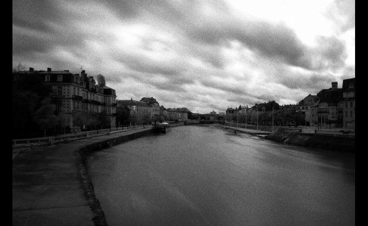 Verdun, quai de Londres et Meuse.
