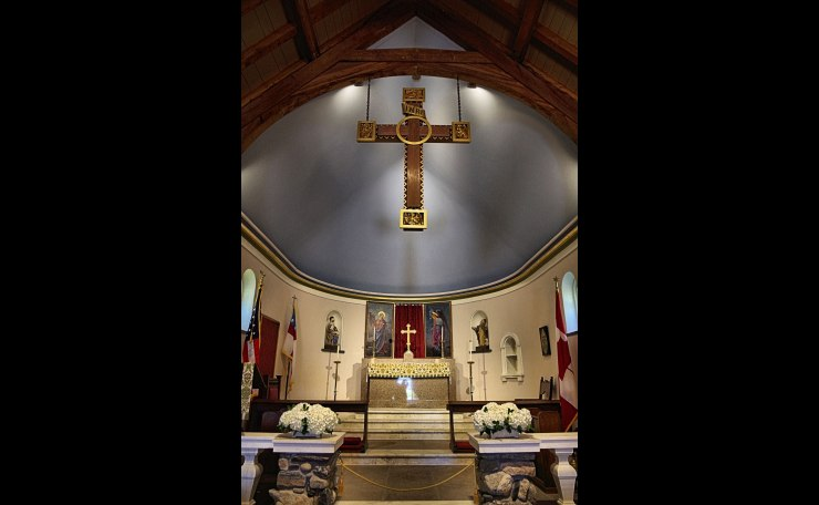 Altar- St. Anne's Episcopal, Kennebunkport ME.